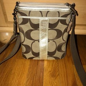 COACH PHONE CROSS BODY